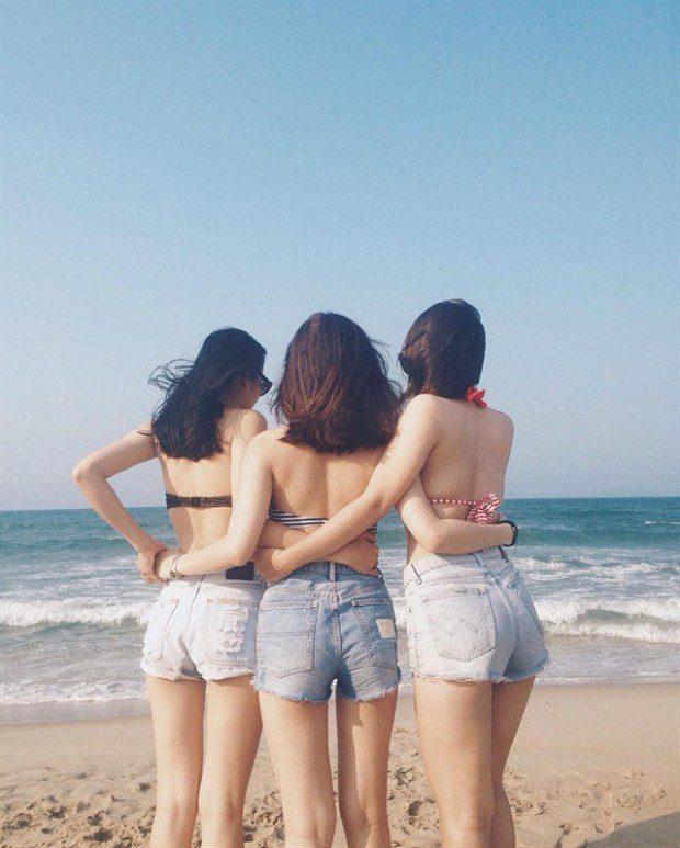 """Với một bãi biển dài khoảng 4km của An Bàng, các bạn sẽ tha hồ vui chơi, chụp choẹt, thuê ván lướt sóng mà không phải sợ """"chạm mặt"""" quá nhiều người. Ảnh: instagram immi_910"""
