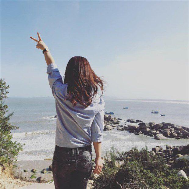"""Với Trung Lương - nơi có những bờ biển trải dài ngút mắt, những bãi cát trắng phau và cả những dãy núi """"cuộn mình"""" trong gió mát khiến bạn như thể lạc vô cánh rừng hoang với những trải nghiệm khó đổi tưởng tượng. Ảnh: bxbum"""