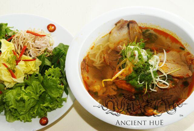 nha hang ancient hue3