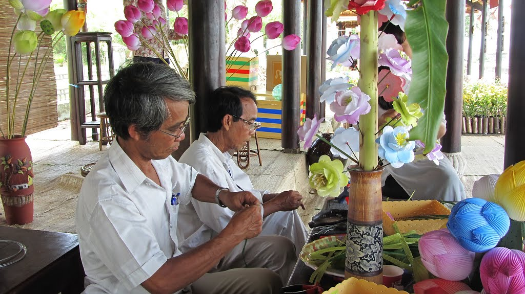 lam hoa giay thanh tien