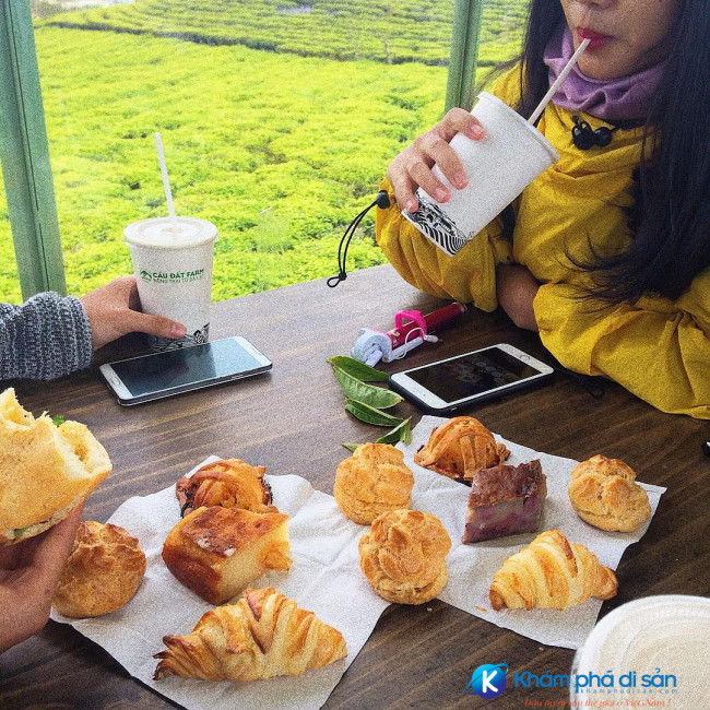 cafe container doi che cau dat khamphadisan 5 e1491192652155