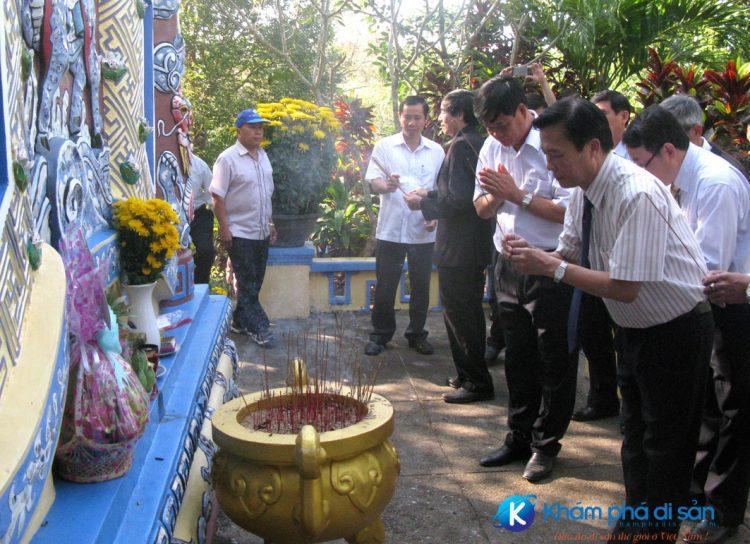 dap-dong-cam-phu-yen-khamphadisan