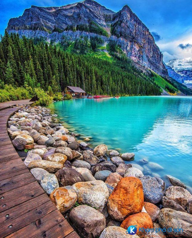 Hồ Louise