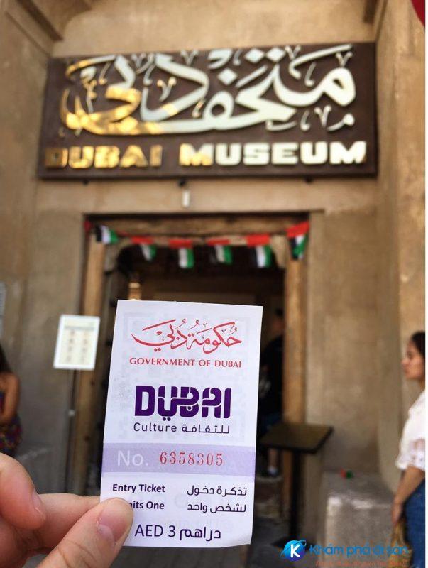 Vé vào tham quan bảo tàng
