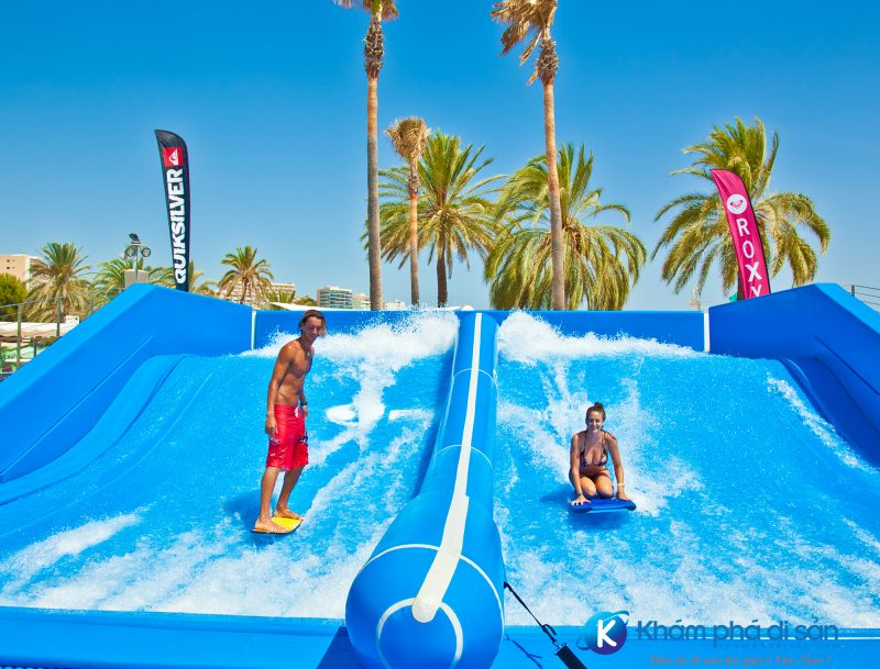 The Wipeout và Riptide Flow Riders