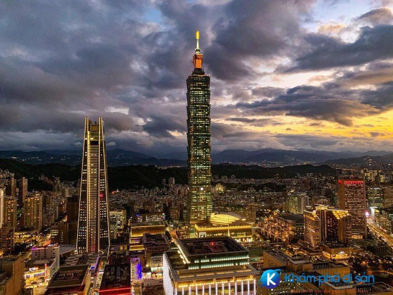 Tòa tháp Taipei 101 về đêm