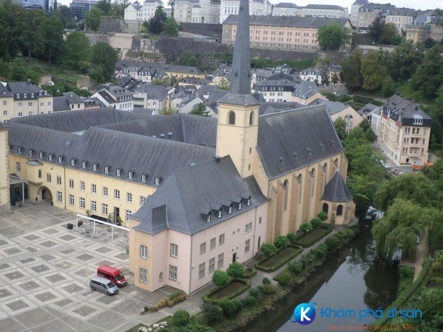 bao tang luxembourg khamphadisan 2