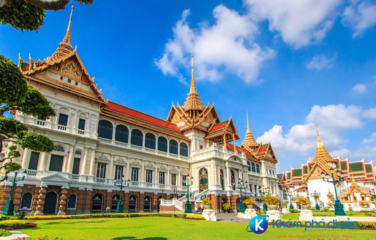 Top 5 cung điện đẹp nhất thế giới