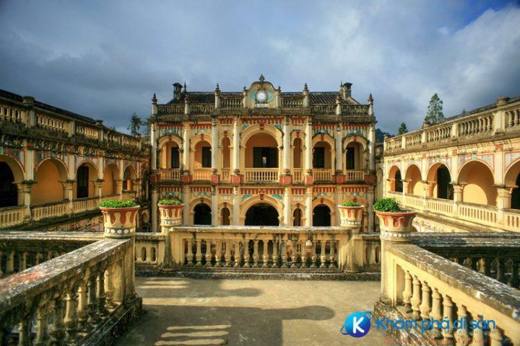 Dinh thự Hoàng A Tưởng Viet Fun Travel e1557977852643