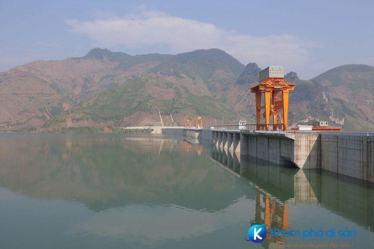 Nhà máy thủy điện Sơn La Wiki e1557582746372