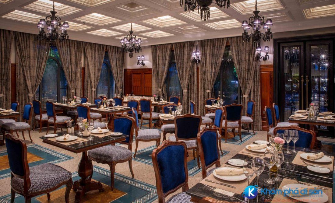 Hue Dining 1 e1608523947104